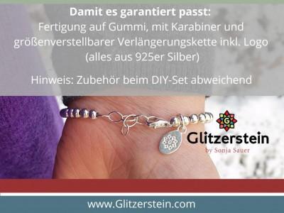 Armband: Herz-Anhänger mit Glasperlen (3×4 mm)